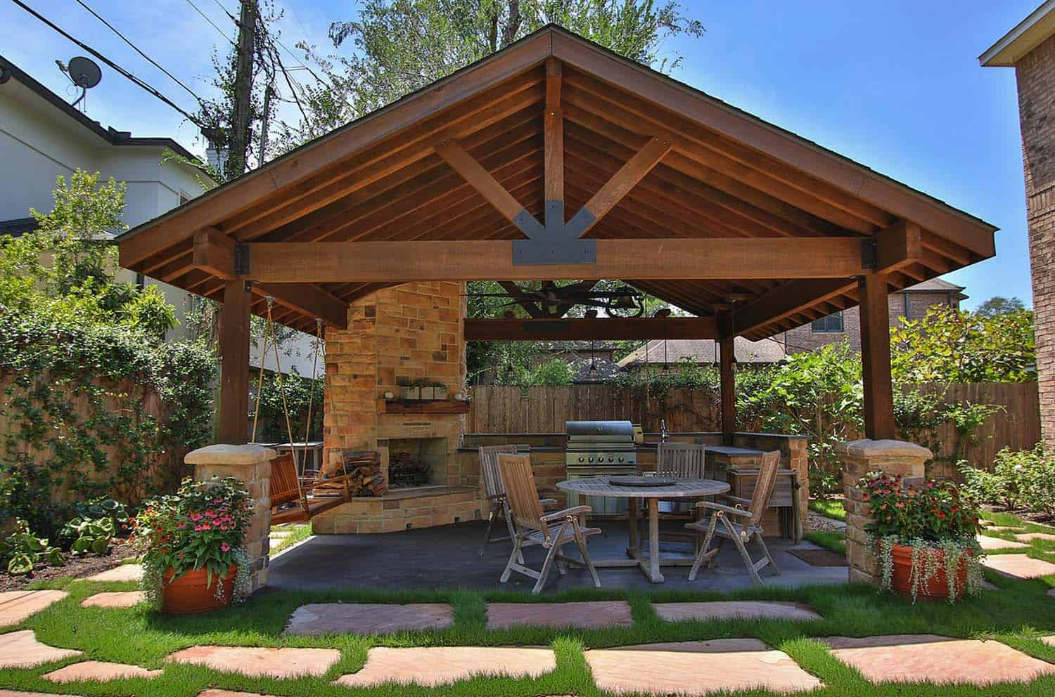 How to transform your outdoor living space?